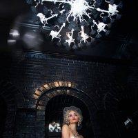 Castle Rose. Black room :: Mari E