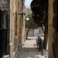 Иерусалим - улица в старом городе :: Владимир Брагилевский