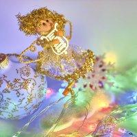Новогодний ангелок :: Алекандр Зиновьев