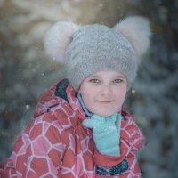 Девочка в лесу :: Константин Земсков