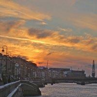 закат над набережной :: Елена