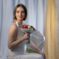Портрет девушки с букетом роз :: Александр Плеханов