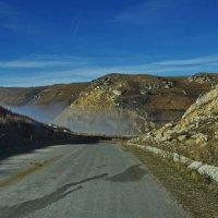 Дорога в горы. :: Ирина Нафаня