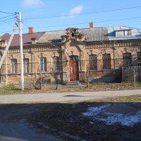 Старейшее здание города :: Галина