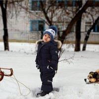 Илюшка и дворовой подхалим Рекс. :: Anatol Livtsov