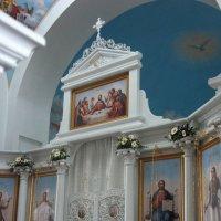 В Церкви Покрова Пресвятой Богородицы. Царские Врата, иконостас :: Елена Павлова (Смолова)