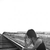 Девушка на рельсах :: Александр Тырлов