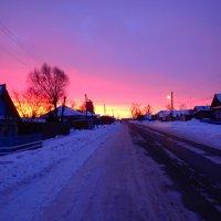 Краски зимнего рассвета :: Геннадий Ячменев