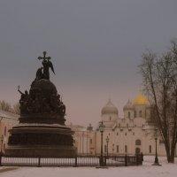 Памятник Тысячелетие России и Софийский собор. Великий Новгород. :: Татьяна