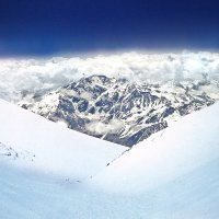 спуск с Эльбруса :: viton