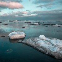 Зимний вечер у моря. :: Артём Удодов