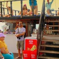 На корабле коллега. :: Мила Бовкун