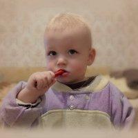 Я у мамы САМЫЙ-САМЫЙ!!! :: Людмила Богданова (Скачко)