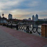 Оболонская набережная :: Наталья Джикидзе (Берёзина)