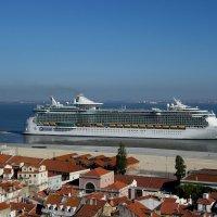 Португалия, Лиссабон :: Svetlana (Lucia) ***