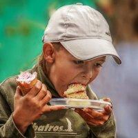 """Вовка в тридевятом царстве )))  """"Ну енто, как его... И морожныя! И пирожныя!"""" :: Кристина Красникова"""