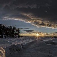 Берег Байкала в декабре :: Павел Федоров