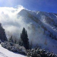 Только гор манящие вершины смогут дать душе такой покой! :: Anna Gornostayeva