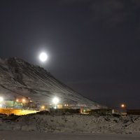 С горочки скатилася луна... :: Витас Бенета