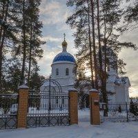 Храм в селе Горки :: Сергей Цветков