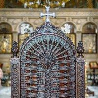 В тбилисском храме :: Сергей Михайлов