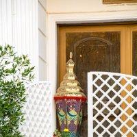 Оригинальная ваза при входе в дом :: Kristina Suvorova