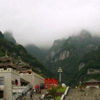 Гора Тяньмэньшань. :: Николай Карандашев