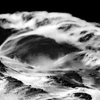 Облако над седловиной Эльбруса :: Владимир Сковородников