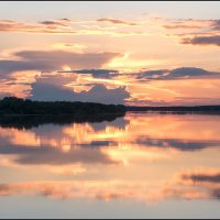 Закат на реке :: Владимир Петров