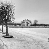 зимой у фонтанов :: Сергей Базылев