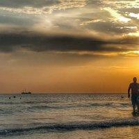 В огне заката, солнечного дня. :: Игорь Карпенко