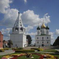 _Коломна Кремль Соборная площать летом :: Вячеслав