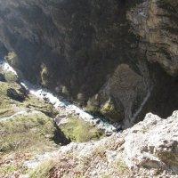 Ущелье в горах Кавказа. :: Вячеслав Медведев