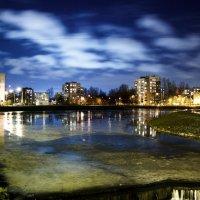 Вечер в городе :: dmitriy-vdv