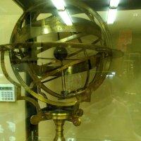 Астрономическая сфера. Изготовлена в 18 веке. (музей Петропавловская крепость). :: Светлана Калмыкова