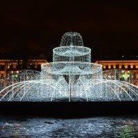 Новогодний фонтан! :: Лариса Лунёва