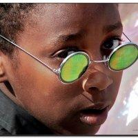 Сквозь зелёные очки. :: Leonid Korenfeld
