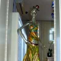 "В витрине ""Салона красоты"" :: Надежда"