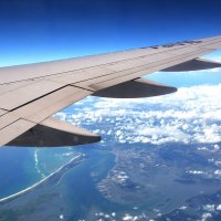 Под крылом самолёта о чём то поёт........... :: Paparazzi
