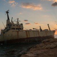 Корабль The Edro III Shipwreck :: Zhenia Lisin