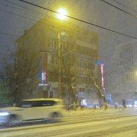 Вечерний снегопад :: Елена Миронова