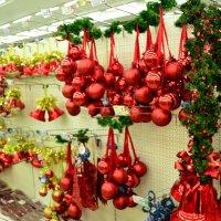 Новогодние игрушки :: Владимир Болдырев