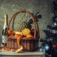 Новогодний натюрморт :: Ирина Приходько