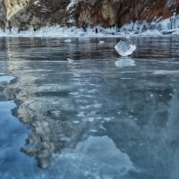 Ледяные оковы Байкала :: Нина
