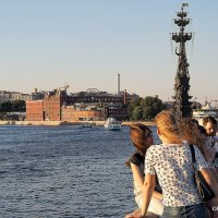 ритмы города-на набережной :: Олег Лукьянов