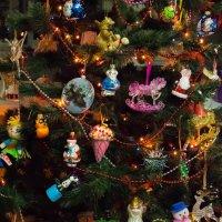 и у елки на ветвях... :: Олеся Зырянова