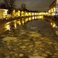Мойка река в декабре... :: Sergey Gordoff