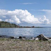 вид на озеро из поселка Ханх :: Константин Огнев