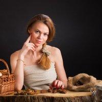 Девушка с каштанами :: Анатолий Тимофеев