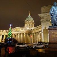 У памятника Барклаю де Толли... :: Sergey Gordoff
